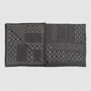 Claoichai grey blanket folded turn